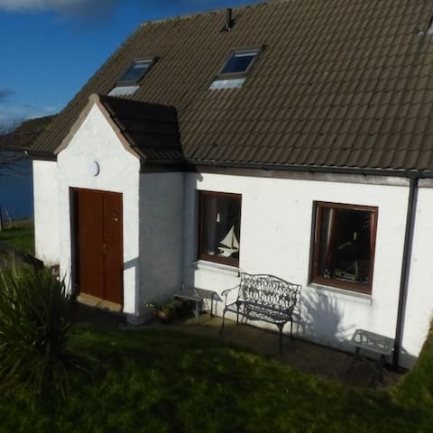 Cosy Cottage with spectacular views - Shieldaig - Dům