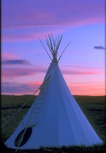 Blackfeet Tipi Village 4 - 티피(Tipi)