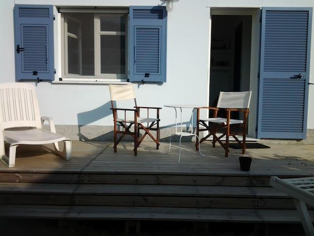 A casa di Annina - Anzo-setta - บ้าน