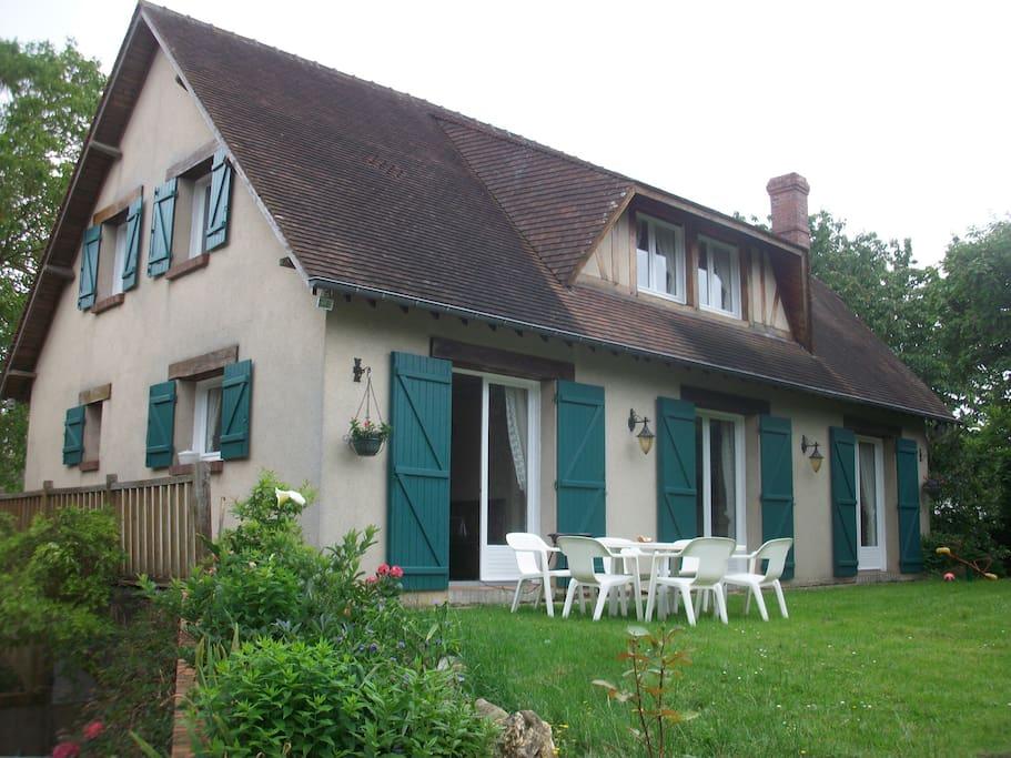 Envie d 39 une maison de campagne maisons louer le for Restaurer une maison de campagne