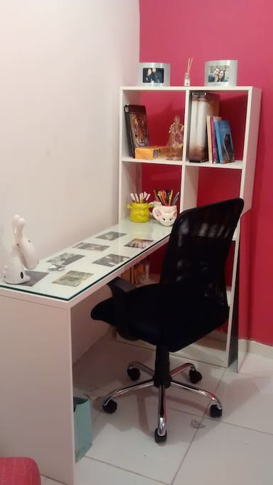 home office com wi-fi!