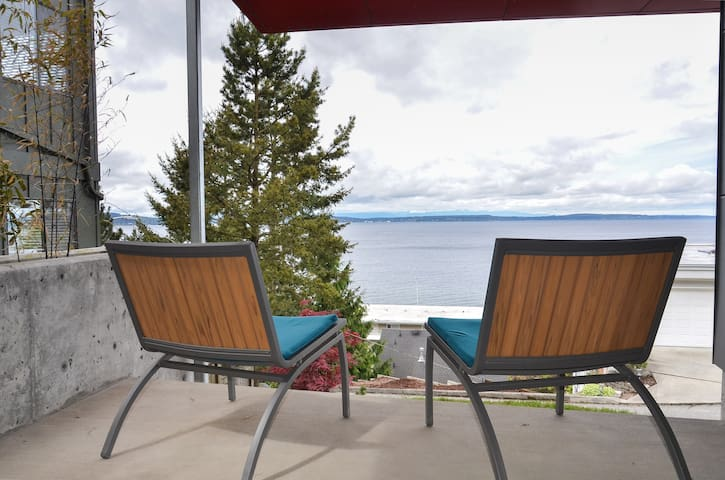 Modern Beach Studio with 180 VIEW,steps from beach - Seattle - Apartamento