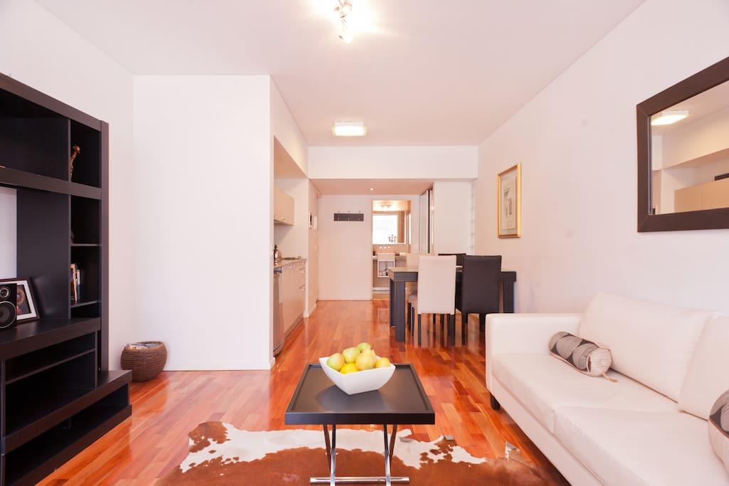 Malabia Suite / large studio