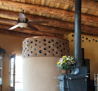 Tranquility Between Santa Fe & Taos - Cundiyo - Hús
