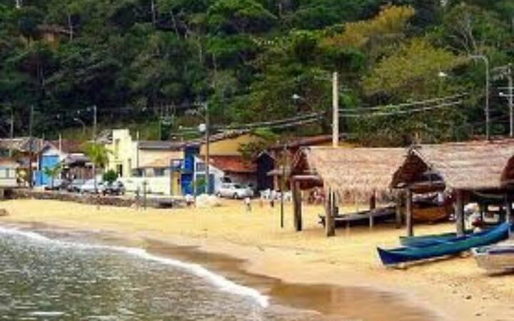 Casa simples na Praia de Picinguaba