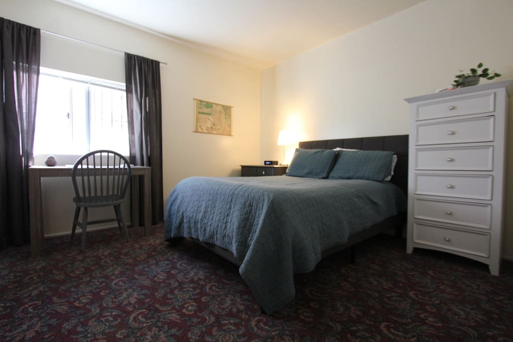 Sf Bedroom One Block From Mission Street Apartments For