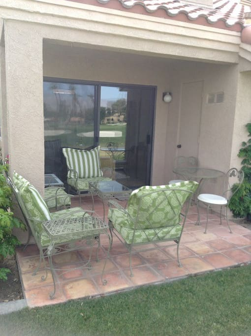 2nd patio with outdoor sitting for 6