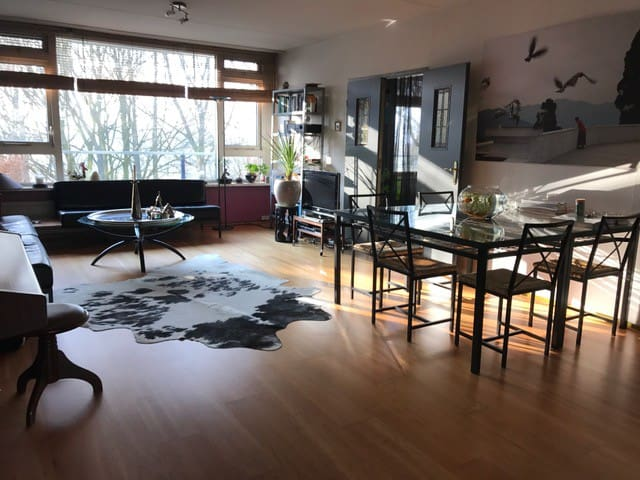 Spacious cozy/comfortable apartment (120m²) - Diemen - Apartamento
