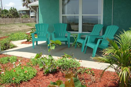 Life's Just Beachy-Oceanfront 2 Bedroom Home - 弗拉格勒海滩 (Flagler Beach) - 独立屋