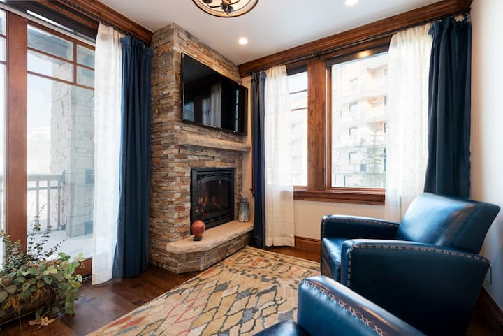Winter Rates Reduced! Lovely Ski Condo, Silver Strike #201, with amenity access
