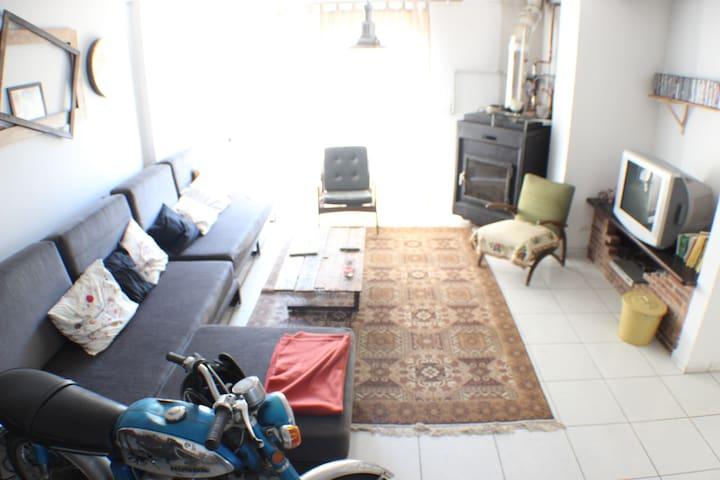 Nicosia-City Center-Entire house - Strovolos - บ้าน