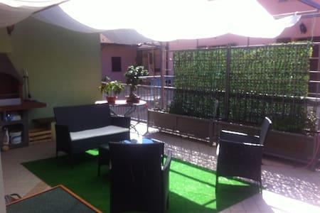 camera privata in appartamento - Caraglio - Leilighet