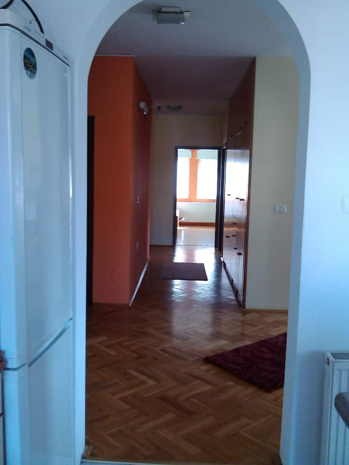 super cozy family apartment -center