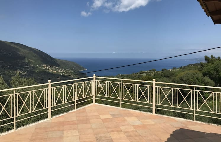 Stunning Sea View Apartment Nifi - Argostolion - Apartament