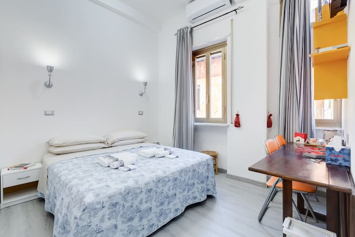 PIAZZA POPOLO DREAM ,lovely suite in Roma's heart