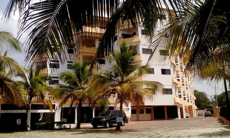 APARTAMENTO en RESIDENCE con HABITACION VISTA MAR - Santo Domingo - Leilighet