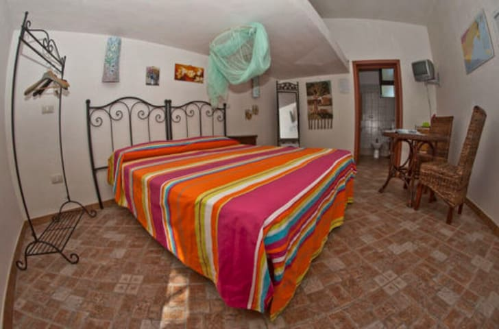 Camera Levante - Maucini - Bed & Breakfast