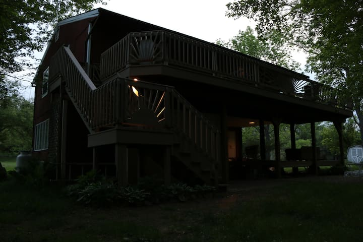 Back view of cabin from Creekside (evening)