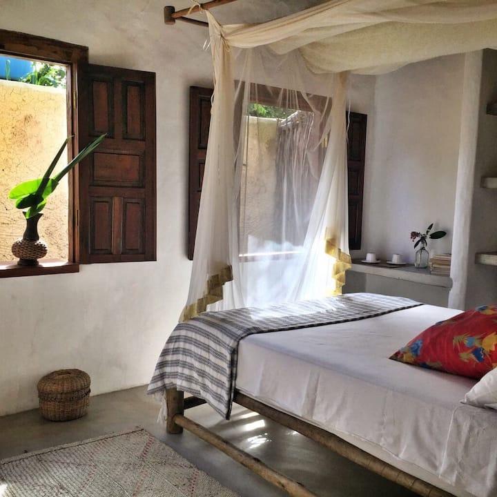 Suite Spa Prainha com jardim interno!