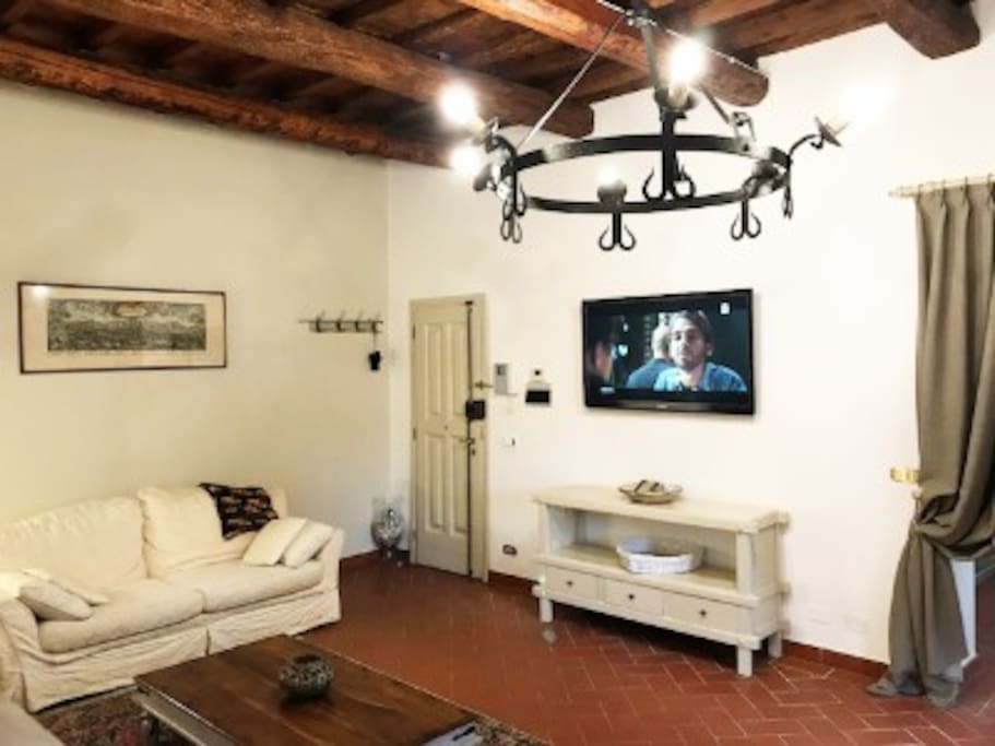 XIV century Tuscany villa – Apartment Living room 1