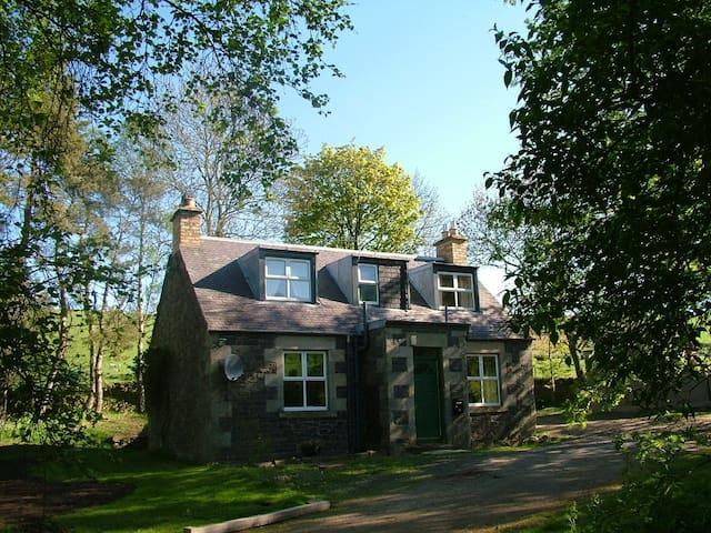 Clachan Cottage, Muirhouse Farm - Stow - House