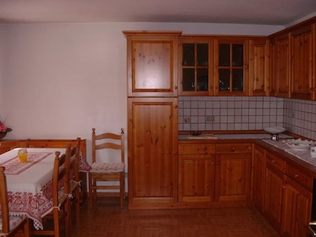 Apt in the heart of the Dolomites - Padola - Huoneisto