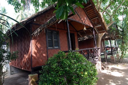 Lanta family resort -  private cottage with fan - Tambon Sala Dan
