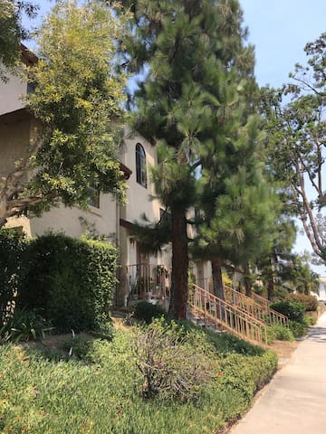 3Be2Ba Home at Historic Whittier Uptown /College