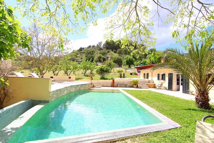 Casa en plena naturaleza en Mancor  - Mancor de la Vall - House