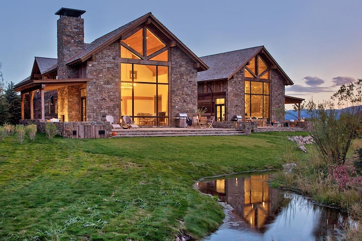 Fish Creek Lodge 2