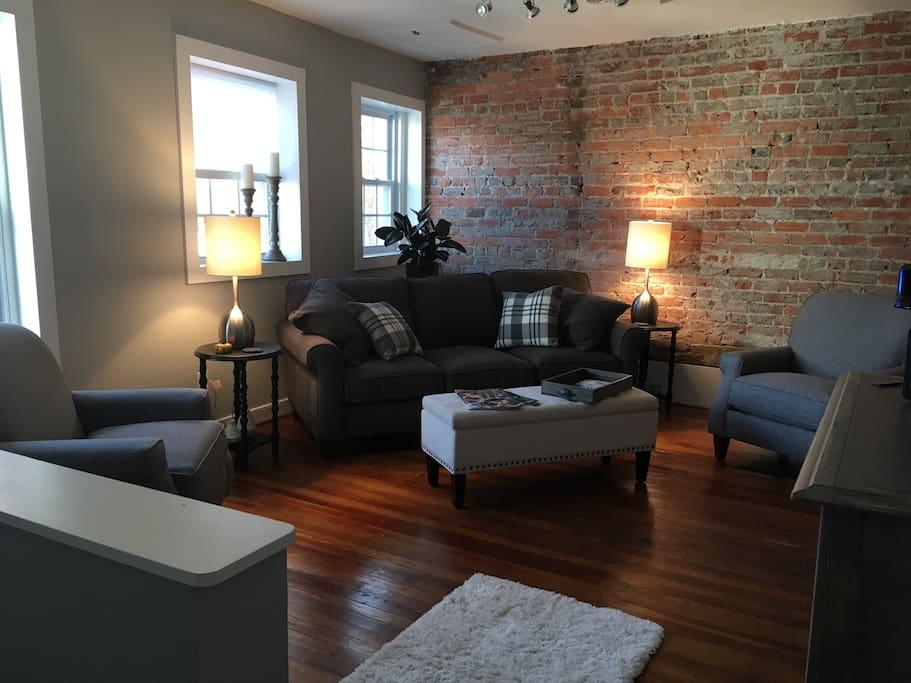 Plenty of space in Living Room