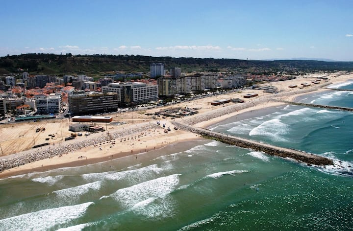 Beach Holidays in Costa da Caparica