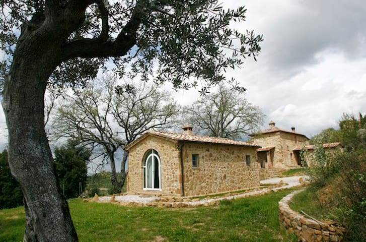 La Capanna - Montisi - Casa