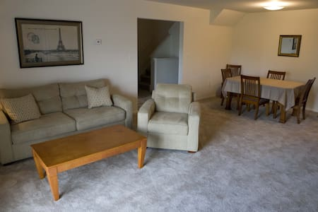 Comfortable 2 BR 2 bath with loft - 1409 - Woodbridge Township - Appartement