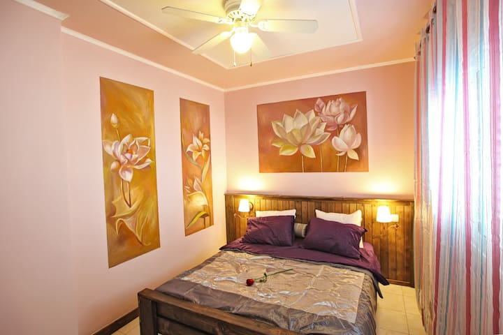 "Romantic Zimmer ""Passion fruit"" - Ashqelon - Huis"
