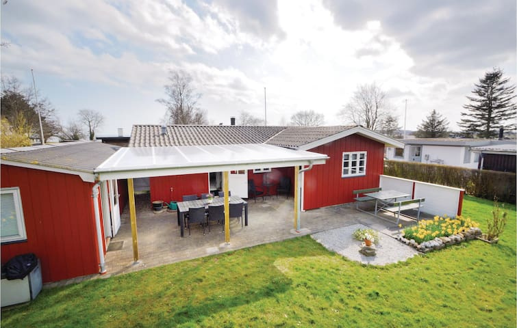 Holiday cottage with 2 bedrooms on 73m² in Haderslev