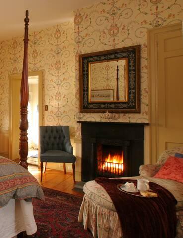 Luxury Suite at Romantic Inn near New Hope and Lambertville