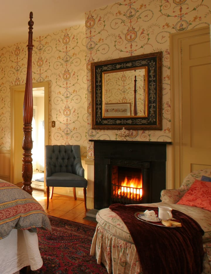 Luxury Suite at Romantic Inn near New Hope and Lambertville