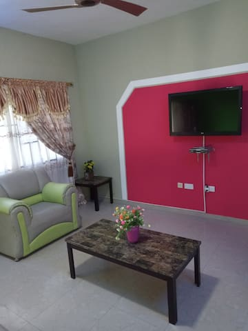 Very nice two bedroom apartment with aircondition