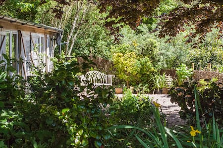 Delightful Garden Cottage on coast path, peaceful! - Boscastle