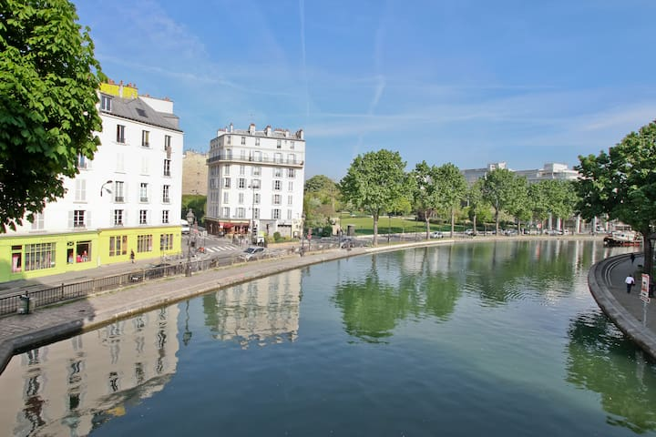 View of the Canal Saint-Martin from our bridge