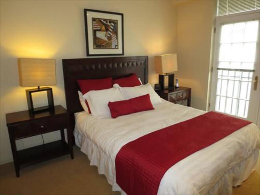 Lux 2 Bedroom 2 Bath Apt Near Fenway W WiFi Flats For Rent In Boston Massa