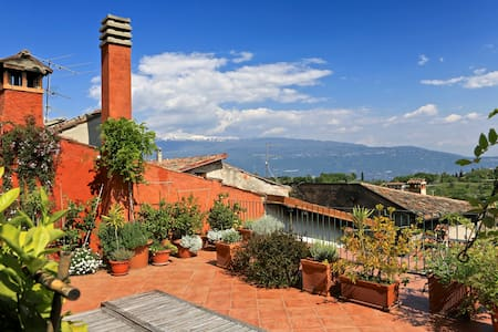 HOUSE OF SOUNDS B&B - Lake GARDA