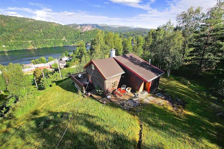 Idyllisk hytte 1 time fra Bergen - Bergen - Cabaña