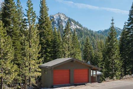 Modern home in Alpine Meadows Tahoe