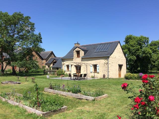 Maison près du lac de Vioreau