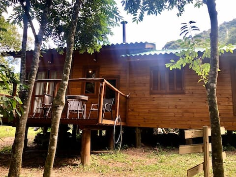 Cabana da Gratidão (conectada com a natureza)