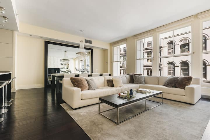 Private/Luxurious/Fully Furnished Tribeca Loft