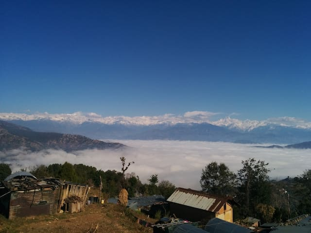 Cozy stay with mountain views and farm-fresh food - Dhulikhel