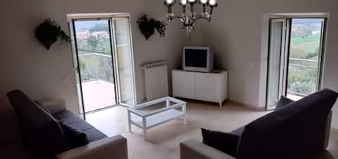 Fantastisk, Picinisco med udsigt, Balkon, sovepladser til 8 personer